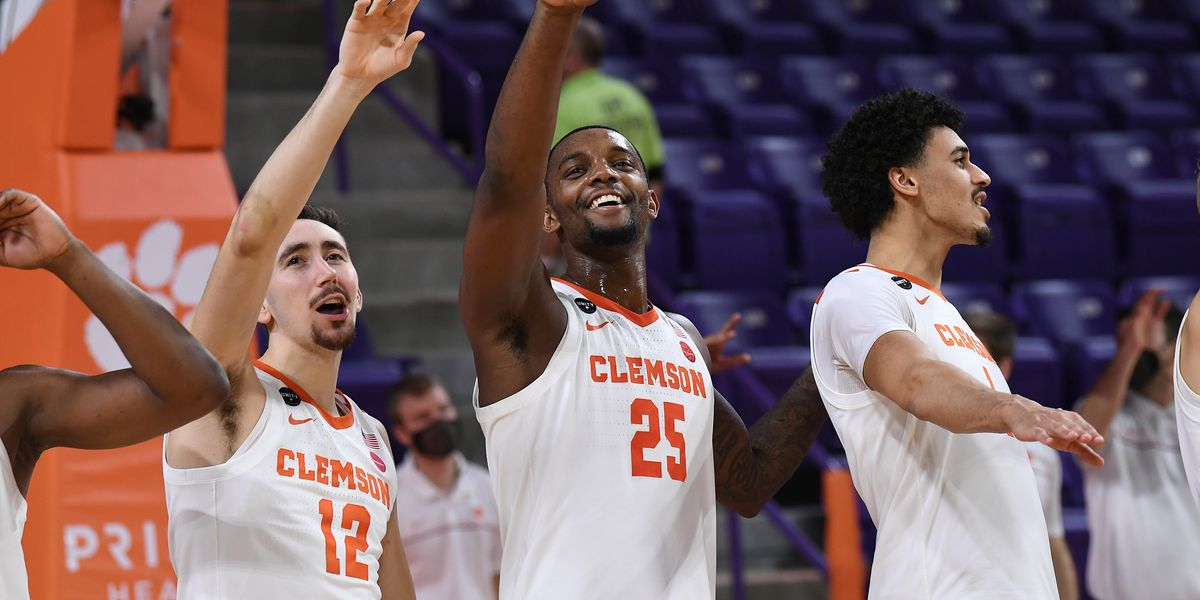 Clemson pauses team activities due to COVID-19