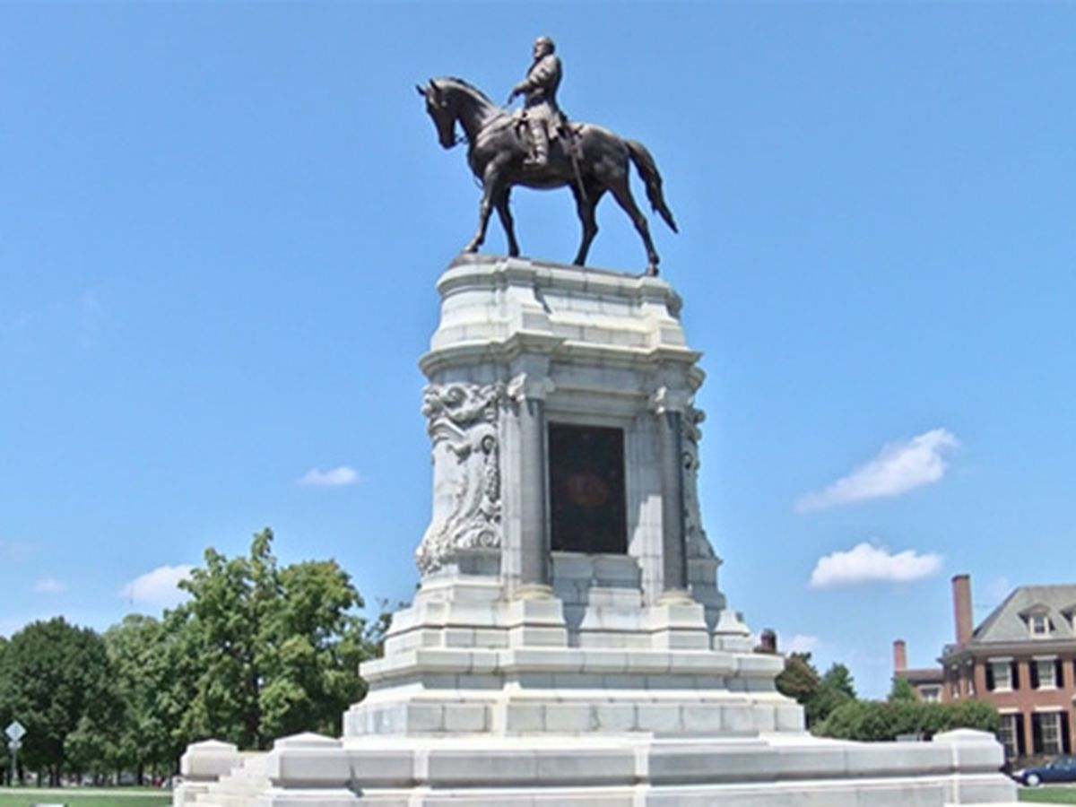Virginia governor to announce removal of Lee statue