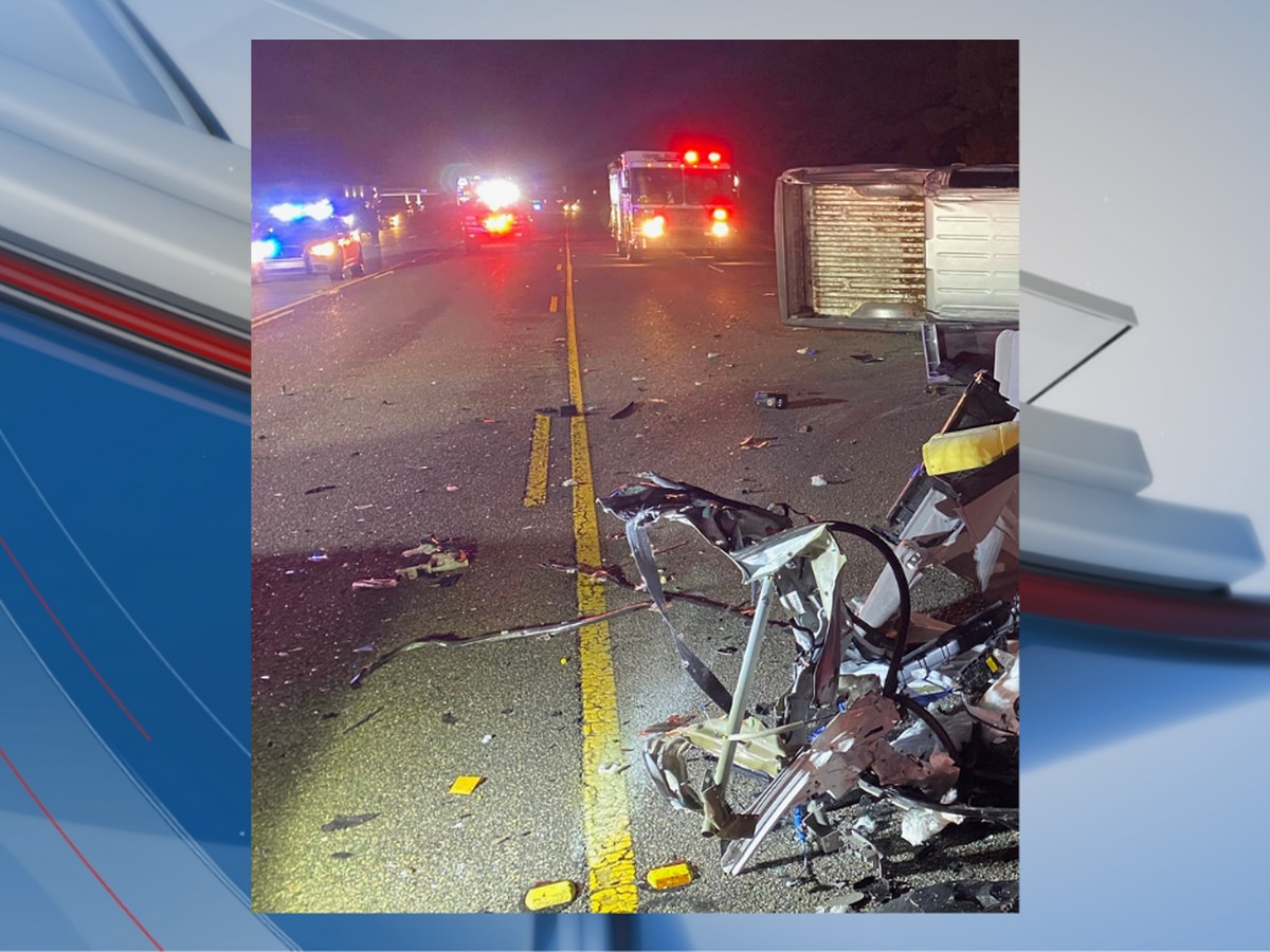 TRAFFIC ALERT: 4 injured after crash in Horry County, drivers asked to avoid area