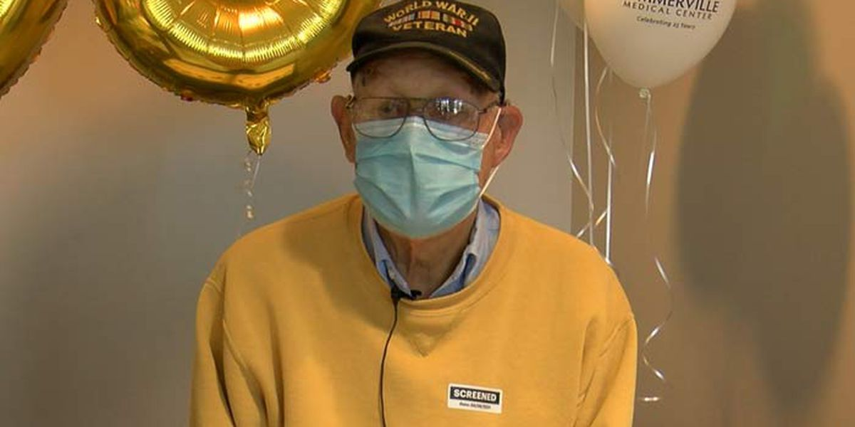 Summerville Medical Center throws surprise party for 98-year-old volunteer