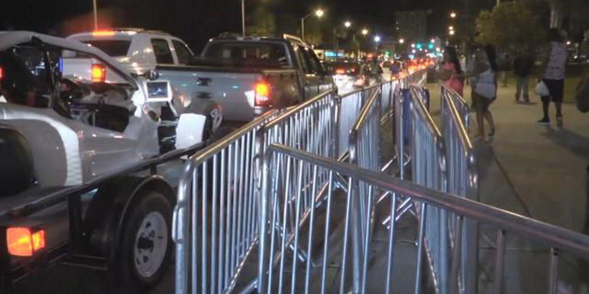 NAACP: Traffic loop is '23 miles of shame'