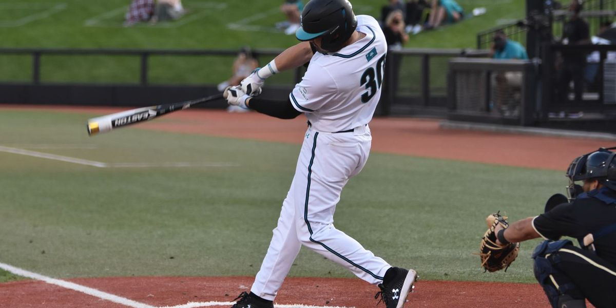 Coastal's comeback bid falls short in Saturday loss to Troy