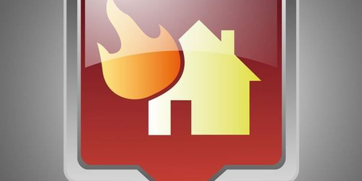 3 departments put out Surfside Beach house fire