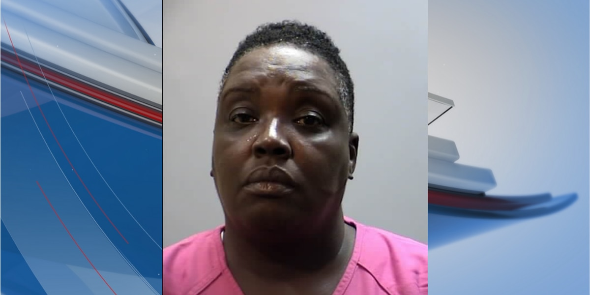 Police identify woman accused of impersonating officer, robbing victim in Georgetown bank parking lot