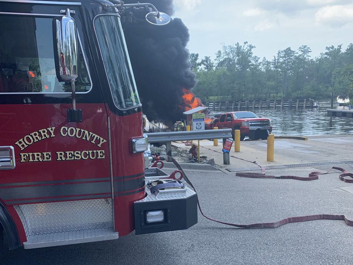 HCFR: Two hurt in Horry County boat fire