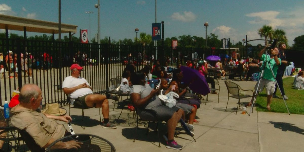 Francis Marion hosts eclipse viewing party