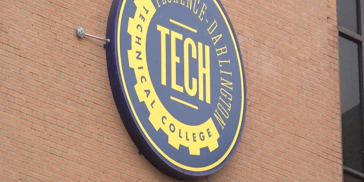 Florence-Darlington Tech adds new 3-week holiday term