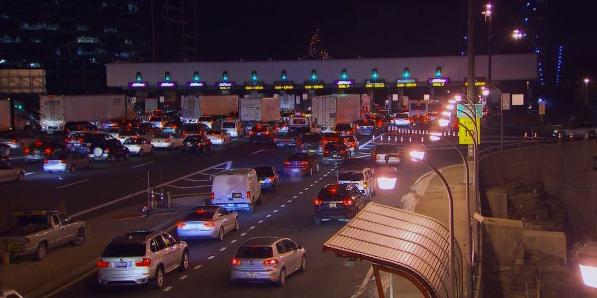 US infrastructure gets C- from engineers as roads stagnate