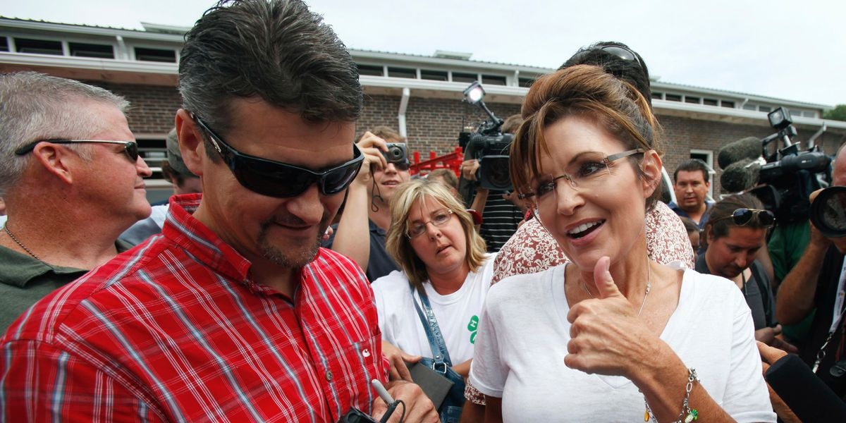 Sarah Palin's husband appears to be seeking a divorce