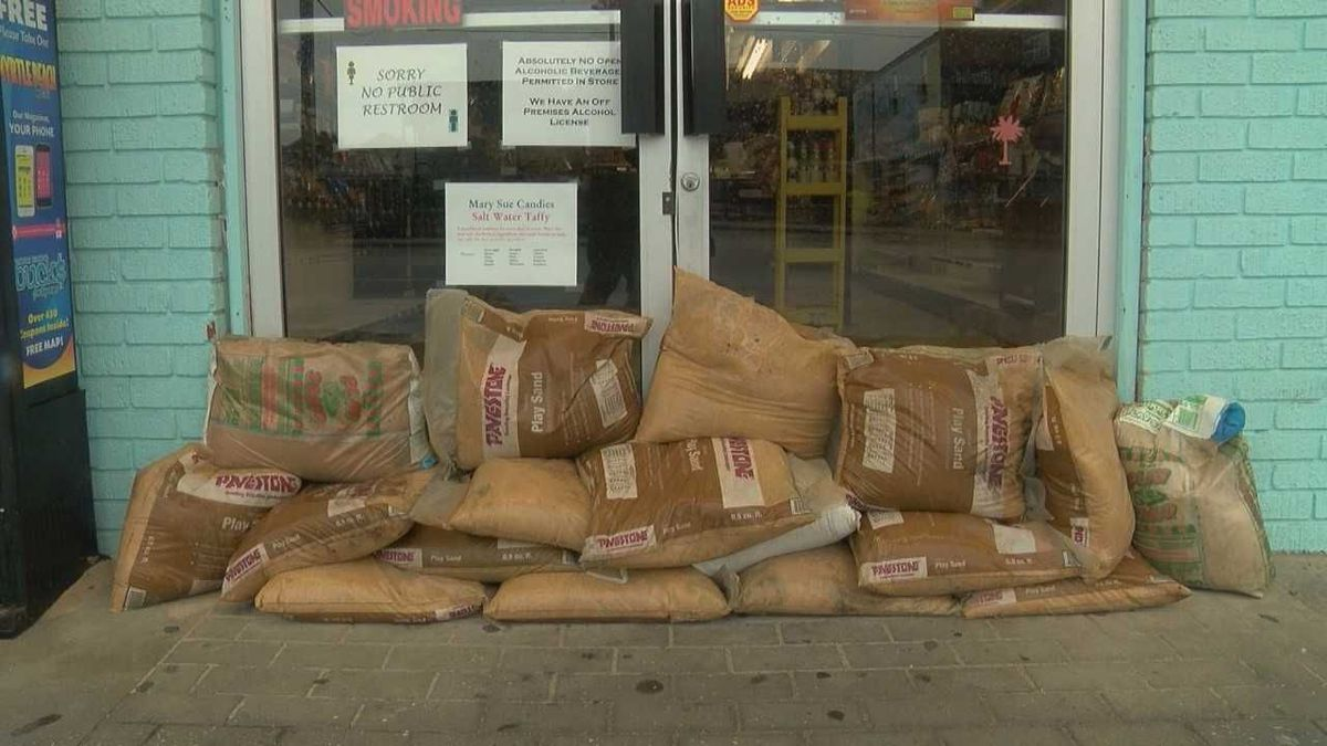 Some Garden City businesses, residents take precaution ahead of ...