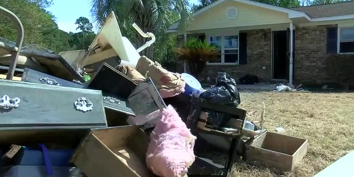 Rosewood residents debate rebuilding or leaving for good