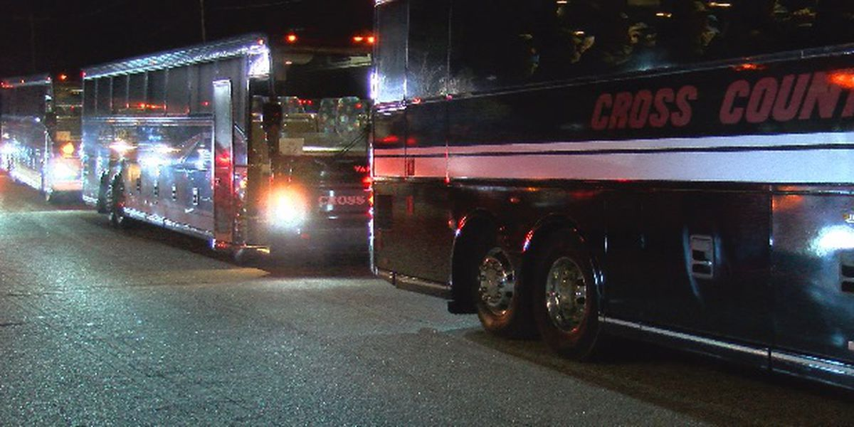 Thousands of soldiers head home for the holidays overnight