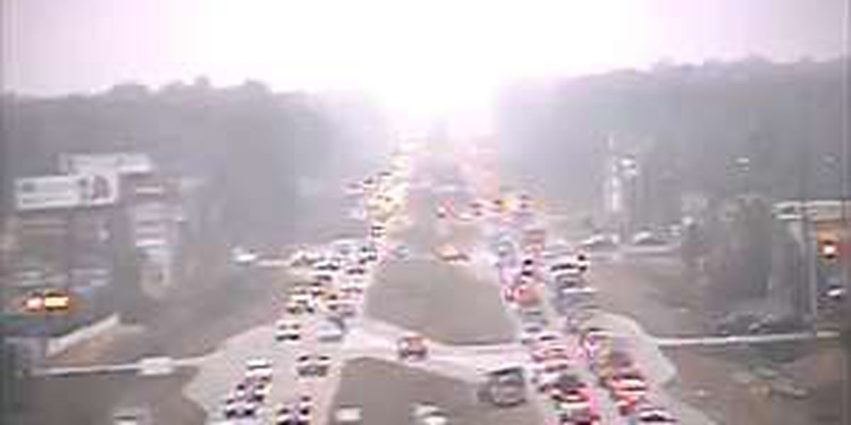 Injury accident backs up traffic on Hwy 17 Bypass at Glenns Bay