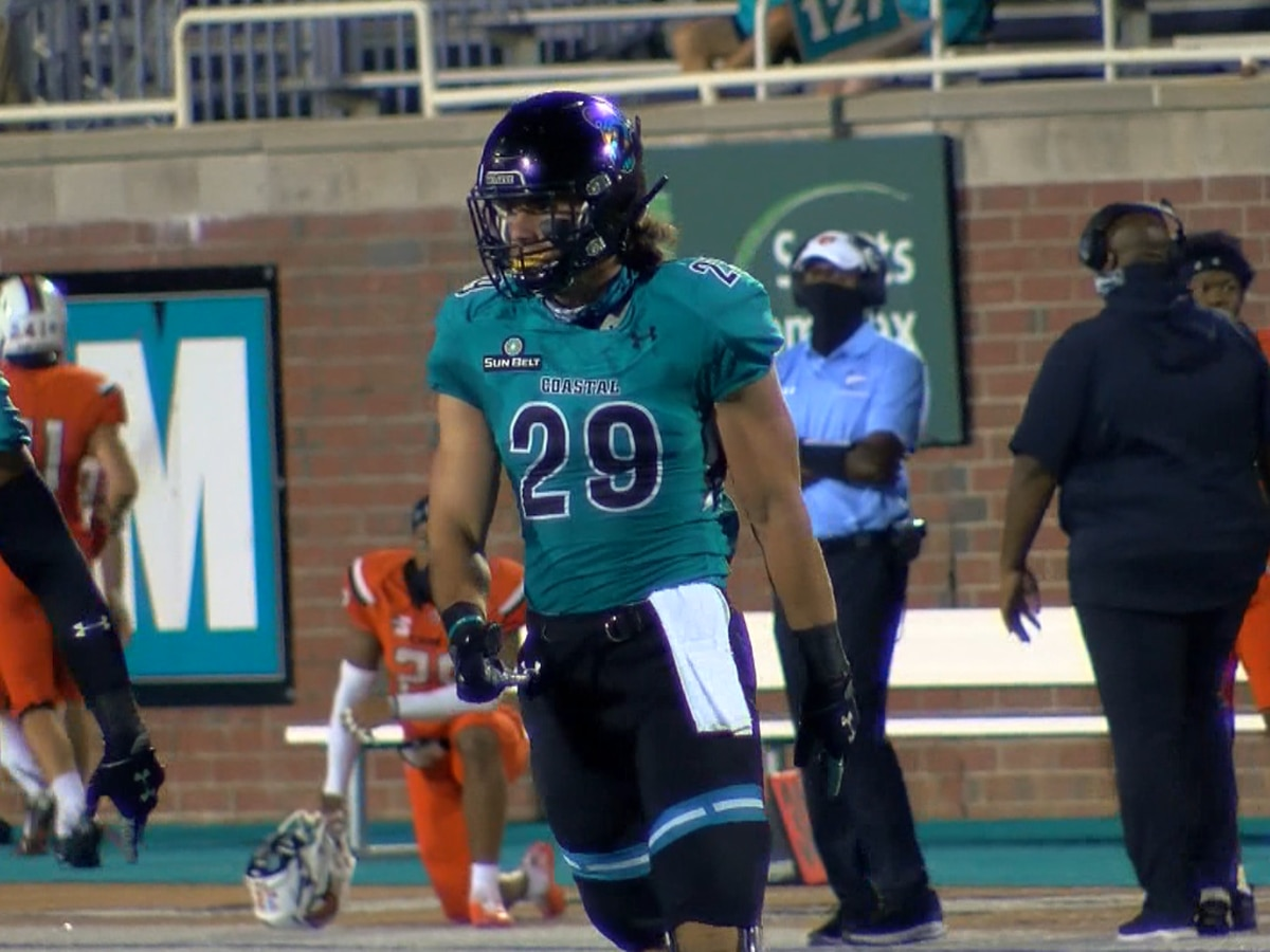 CCU senior linebacker Silas Kelly announces return for 2021 season