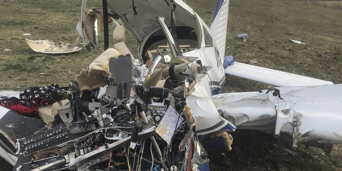 Small plane crashes in Iowa, killing all 4 people on board