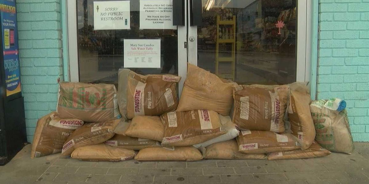 Some Garden City businesses, residents take precaution ahead of Irma's fringe effects in our area