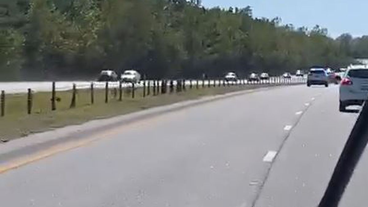 Suspect leads Highway Patrol on high-speed chase down Highway 31