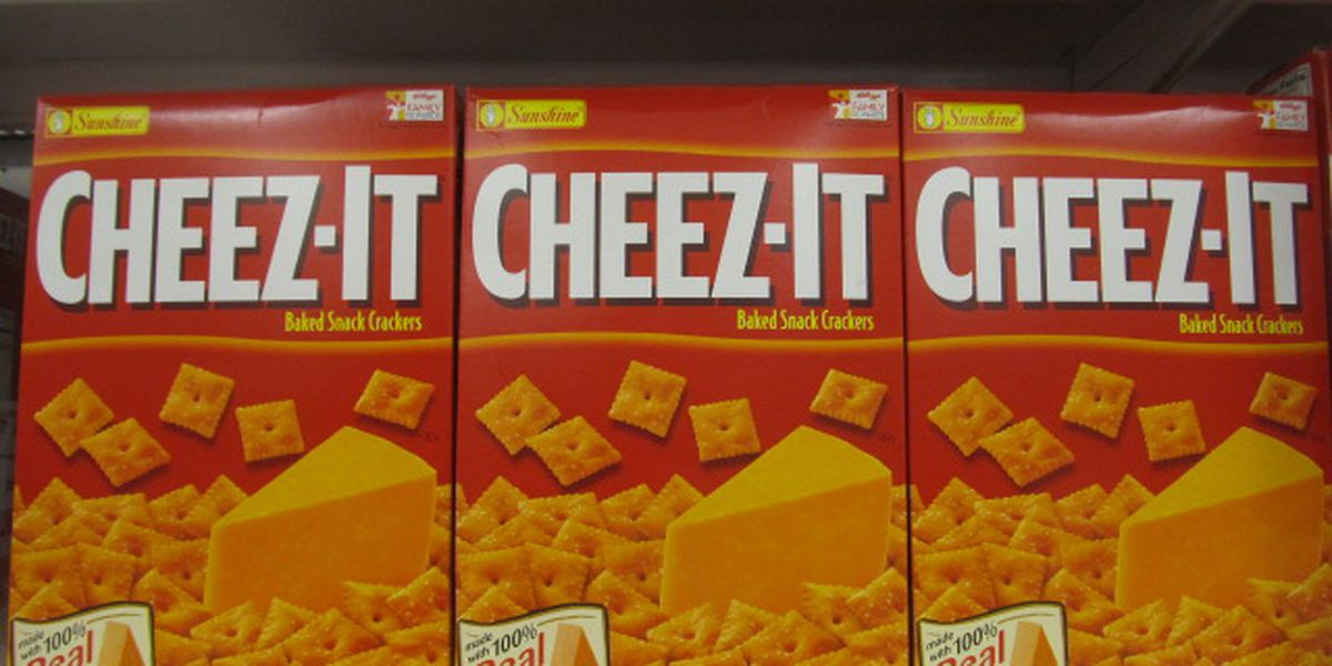 Man accused of locking family inside house, setting it on fire after Cheez-It argument