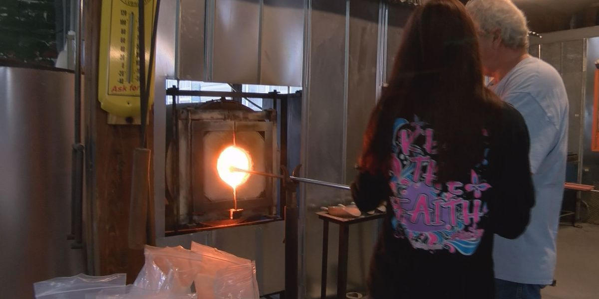 Conway glass blowing classes growing interest