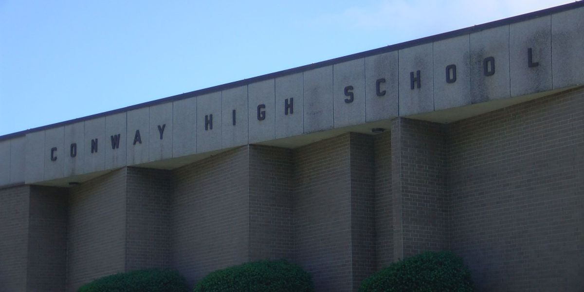 COVID-19 cases force entire Conway High School cheerleading squad to quarantine