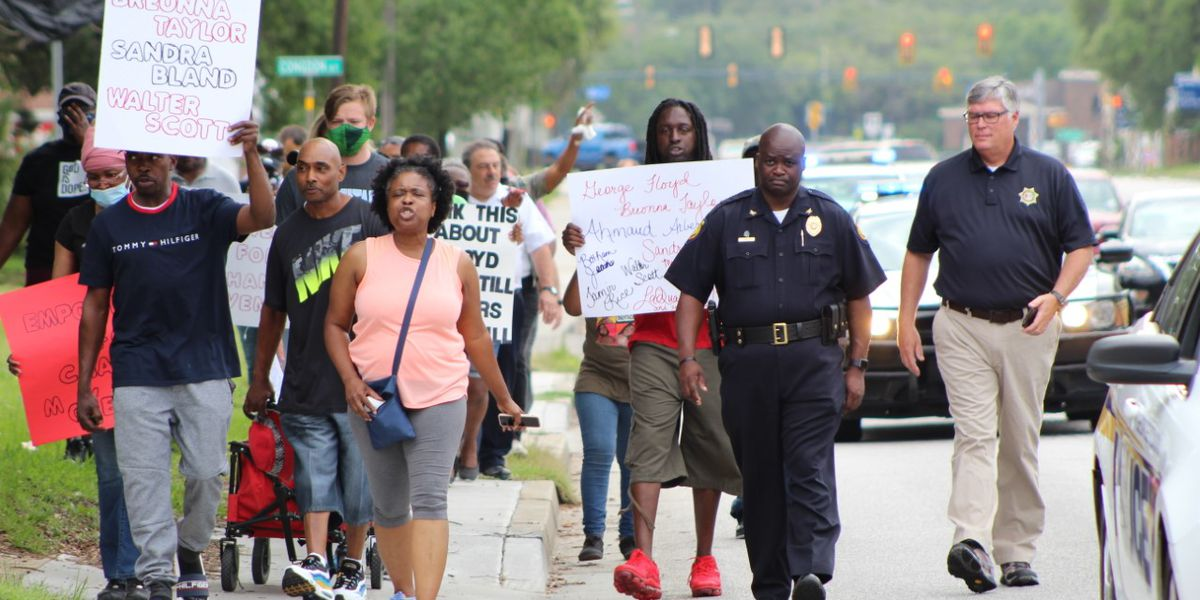Georgetown County sheriff, city police chief lead citizens' march