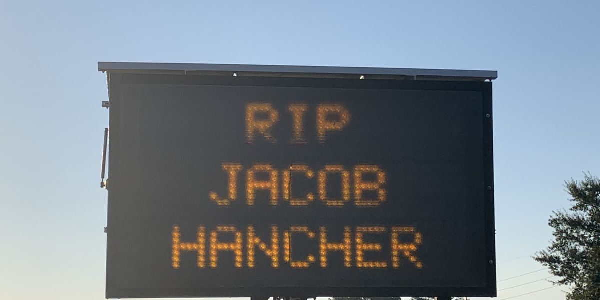 Signs along U.S. 501 pay tribute to fallen Myrtle Beach police officer