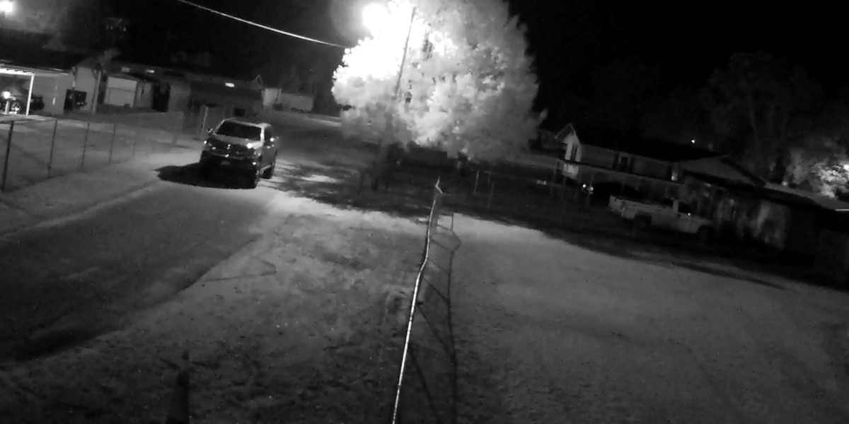 Video captures image of truck possibly involved in Florence County shooting; suspect sought