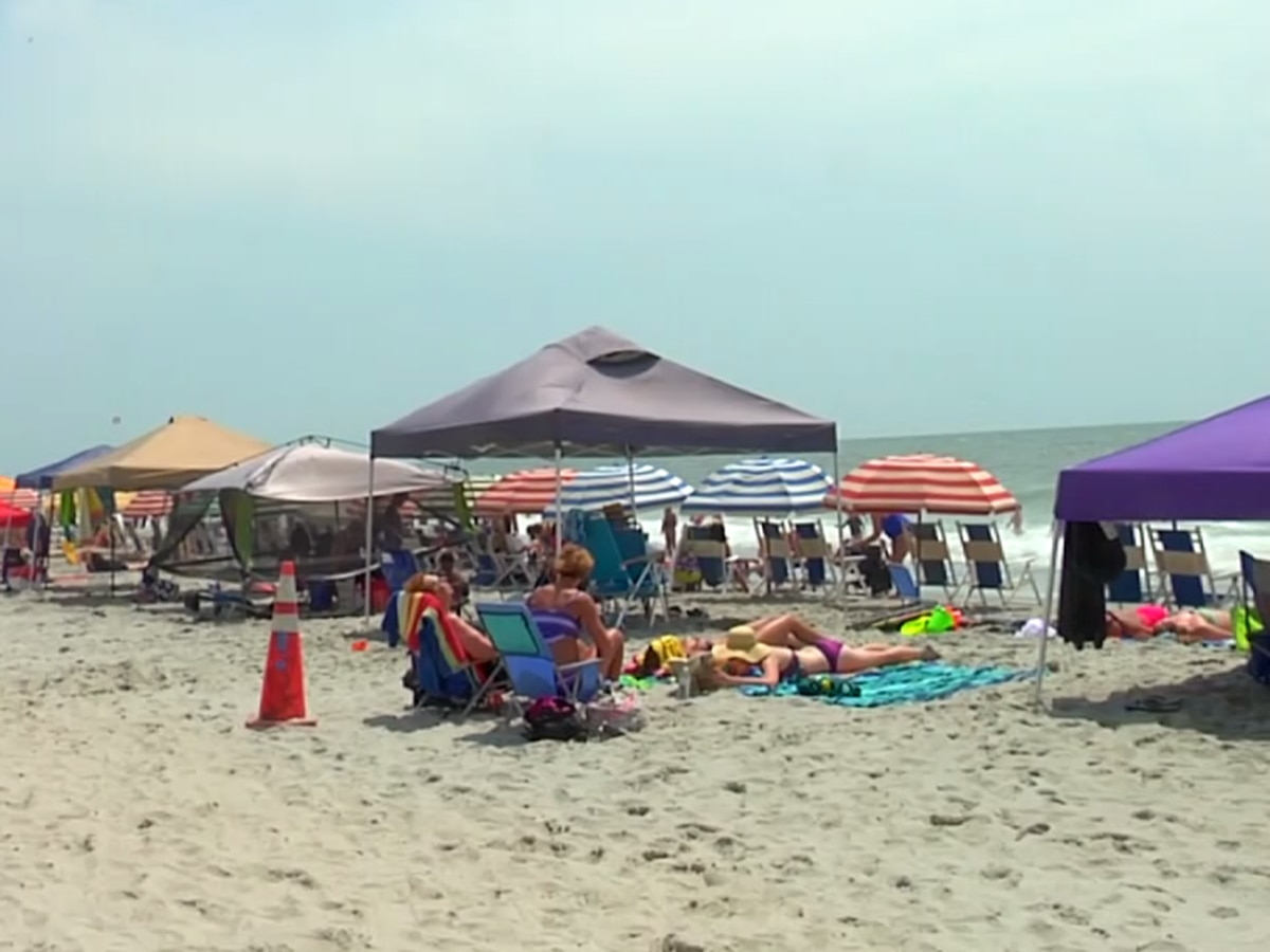 Police, lifeguards express safety concerns over large tents used by beachgoers in Surfside Beach
