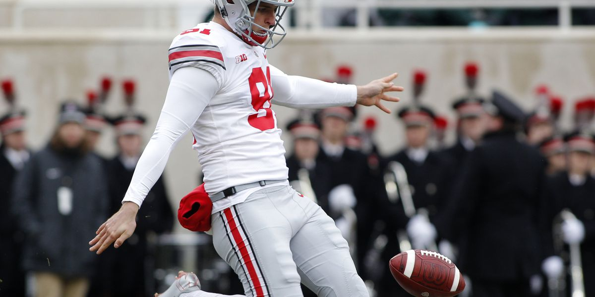 No. 8 Ohio State pins No. 24 Michigan State back, 26-6