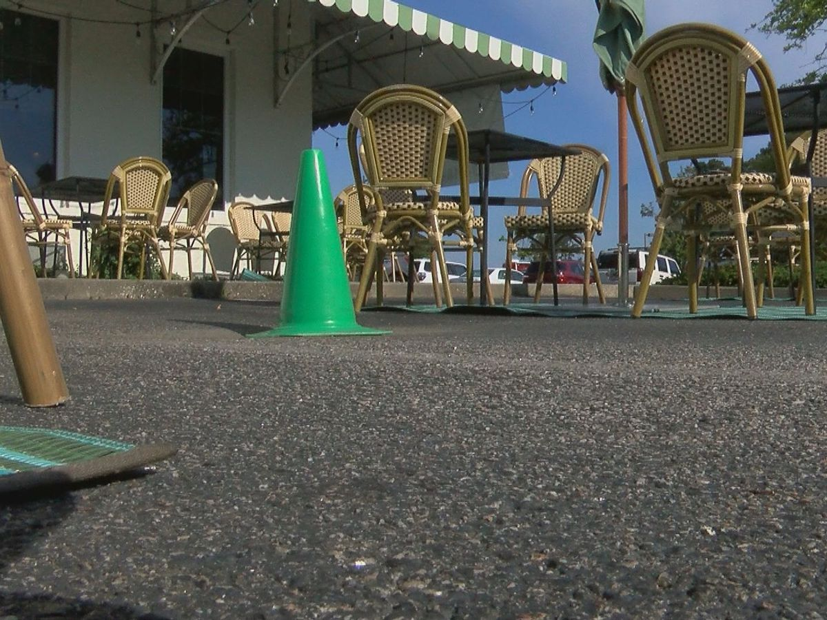 Businesses respond to expiration of extra outdoor seats, signage