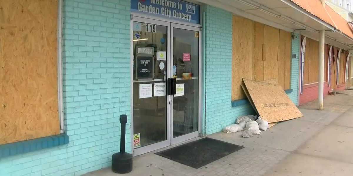 Garden City residents, business owners prepping for Hurricane Dorian