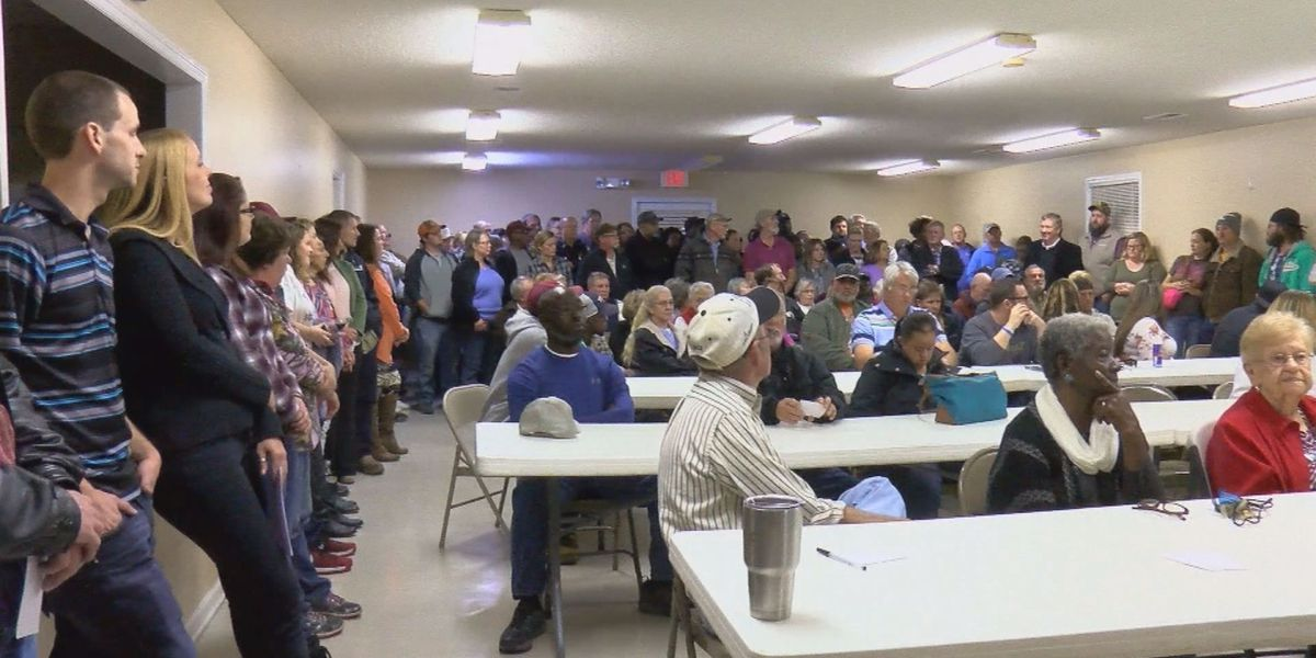 Johnsonville locals flood community center to discuss recent heroin issues