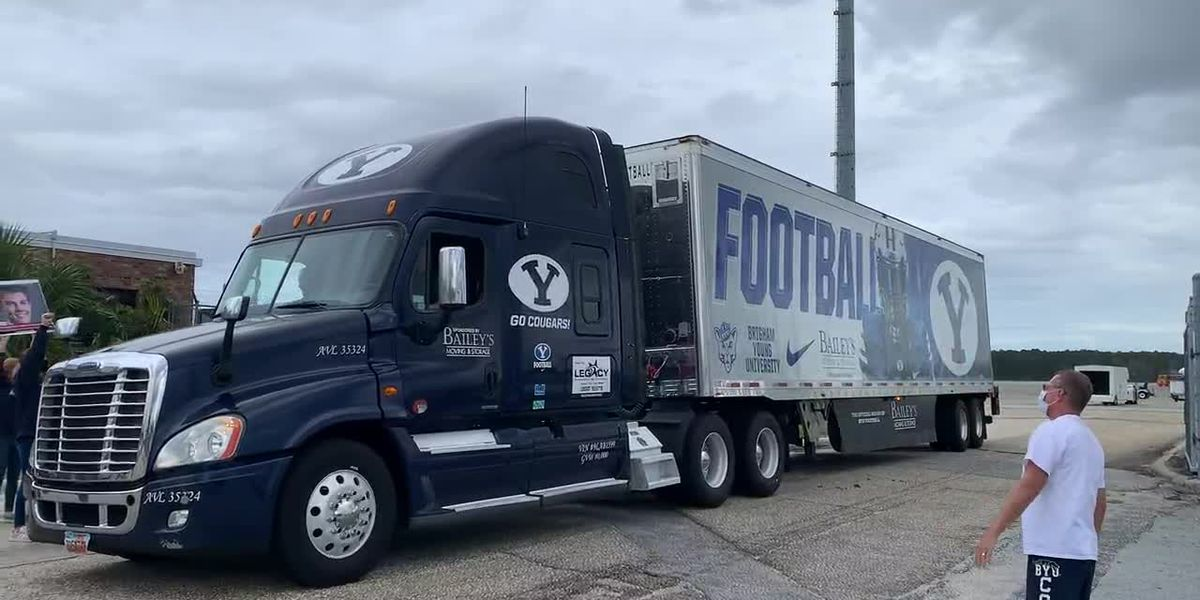 RAW: BYU's equipment bus arrives in the Grand Strand ahead of Saturday's game at CCU