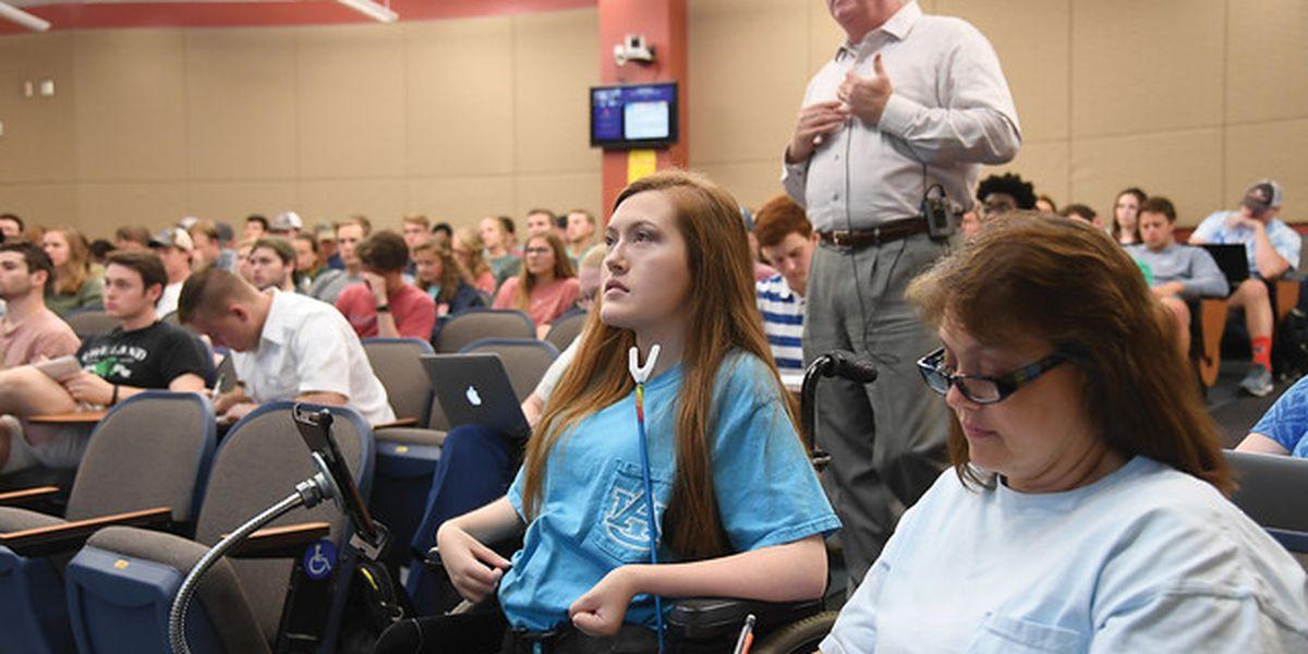 Mother to cross Auburn graduation stage with quadriplegic daughter