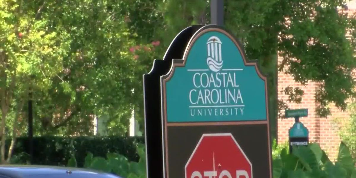 'Now is not that time': Dean urges CCU students to forgo holiday weekend partying after COVID-19 cases rise on campus