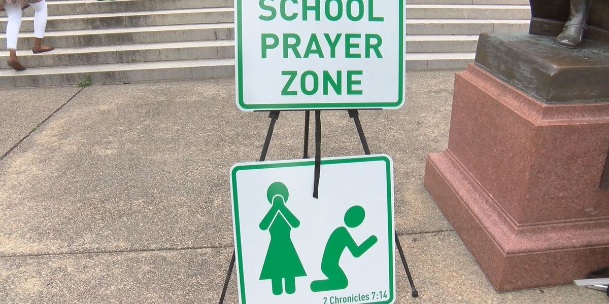 'School Prayer Zone' signs part of prayer rally at the Statehouse