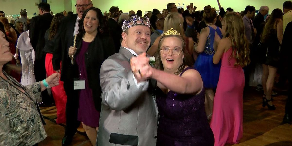 Hundreds take part in Night to Shine Wilmington