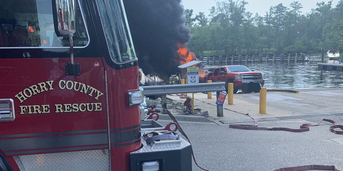 HCFR: Two hurt in Myrtle Beach boat fire
