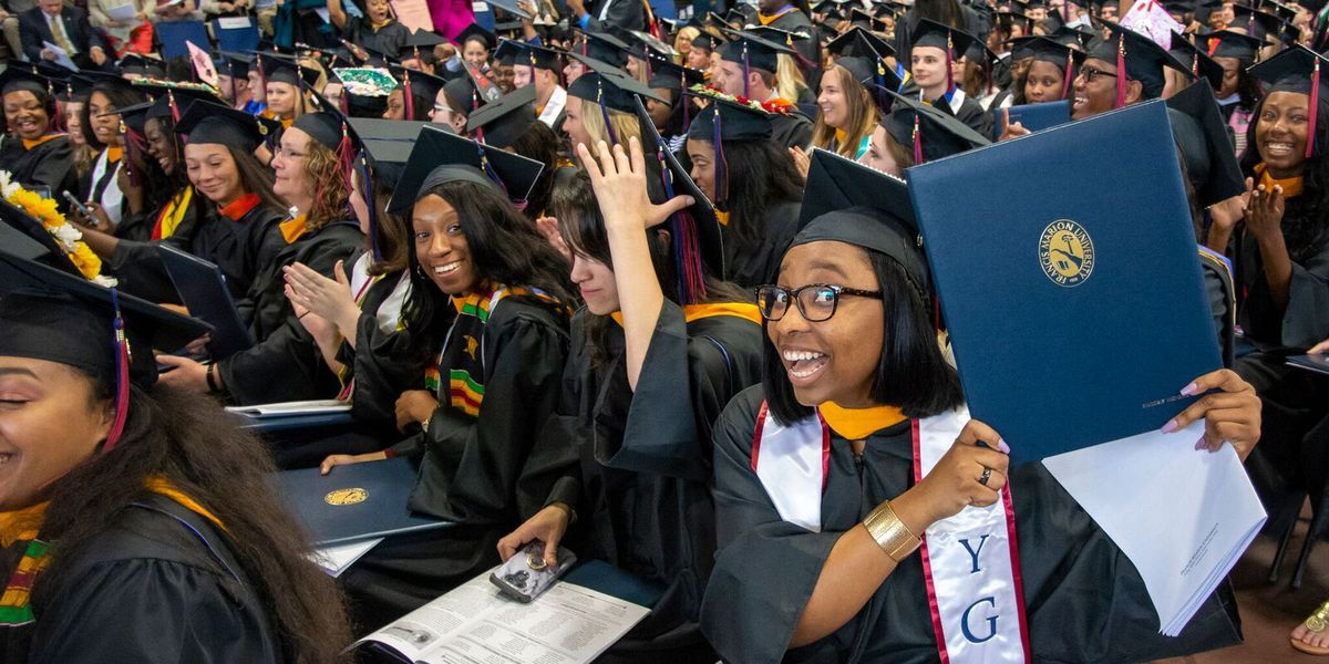 FMU celebrates one of the largest graduating classes in school history