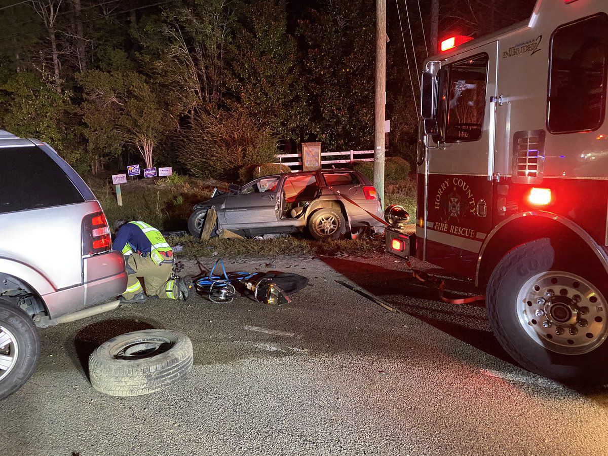 Three taken to hospital after crash in Forestbrook area