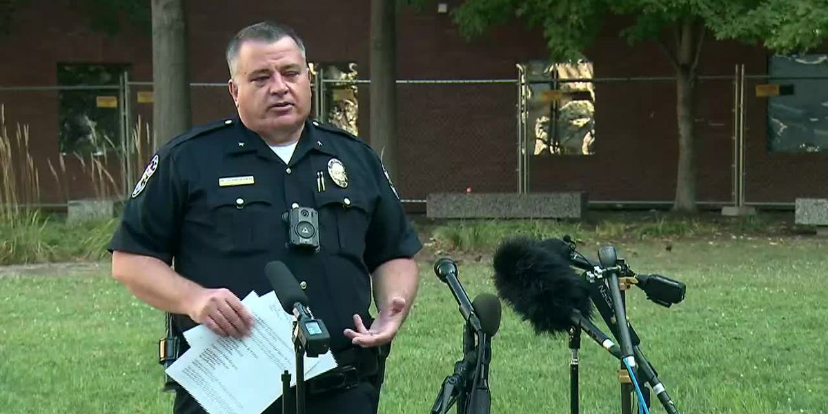 Breonna Taylor case: Louisville police prep to 'ensure public safety' as city awaits decision