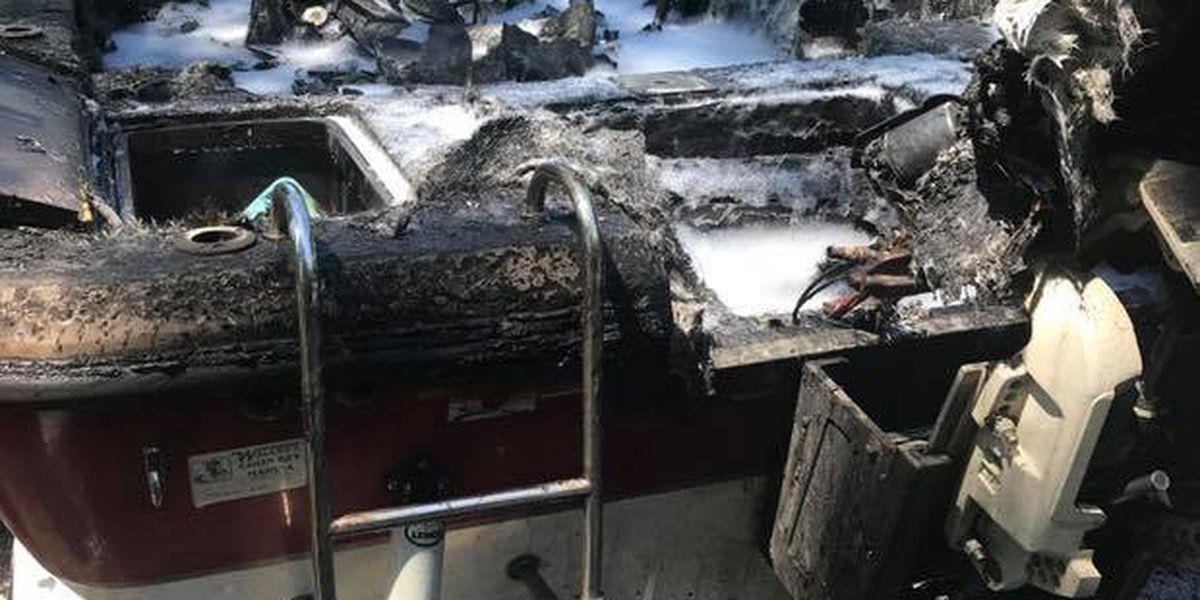 Horry firefighters put out boat fire near Tabor City
