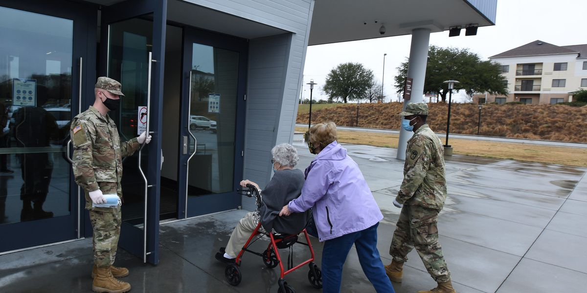 '#InThisTogether': S.C. National Guard soldiers assist at Florence COVID-19 vaccination site
