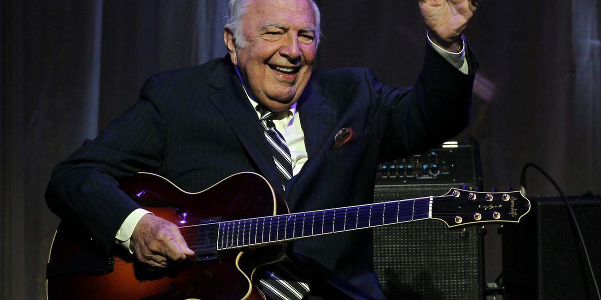 Jazz guitarist Bucky Pizzarelli dies from coronavirus
