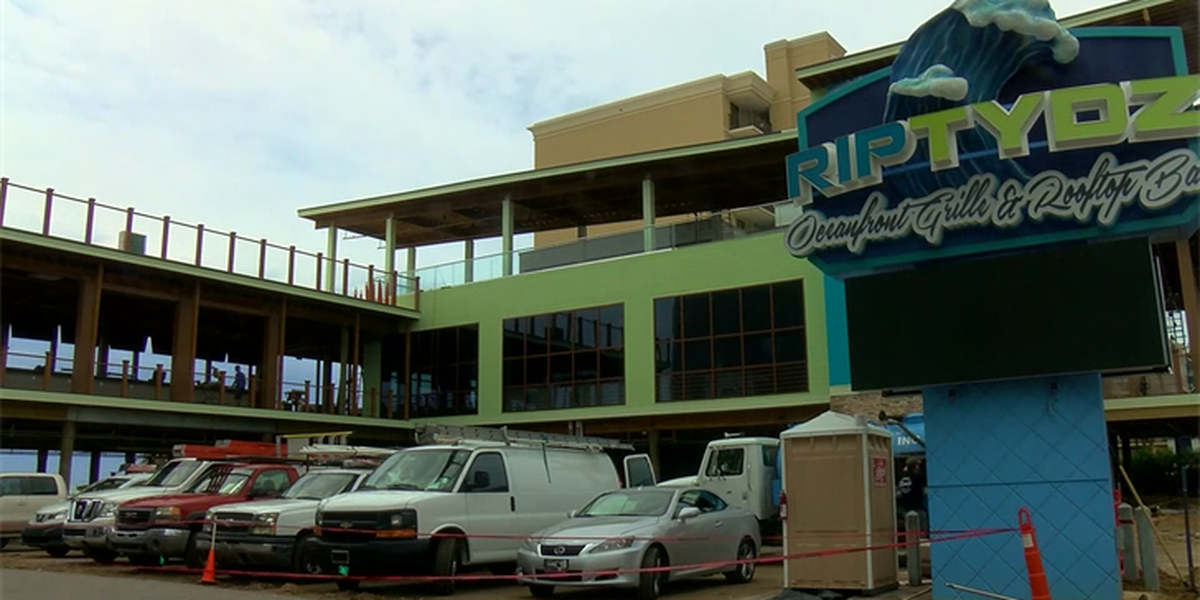 Work continues on RipTydz Oceanfront Grille months after original opening date