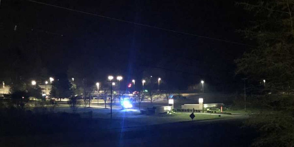 Gunman opens fire inside SC hospital, police officer and suspect shot