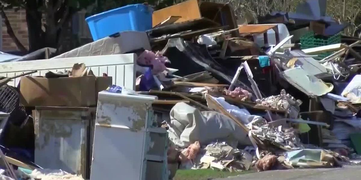 Real Life church works to deliver drywall to flood victims