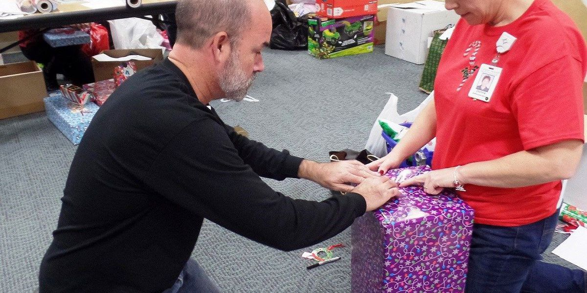 Grand Strand Health spreads holiday cheer to local charity