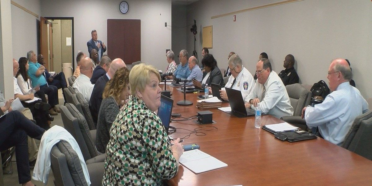 Public safety committee discusses violence, bar closing times, Bikefest