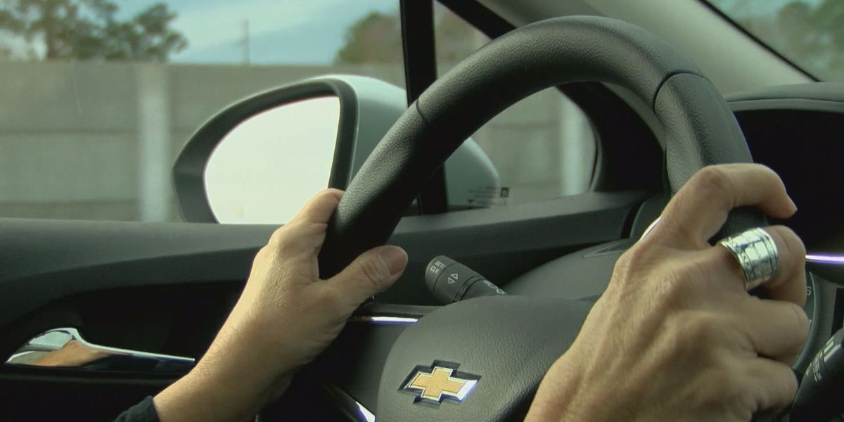 Driving instructor gives tips for driving in wintery conditions
